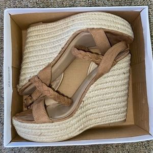 Wild Diva wedges New With Tags